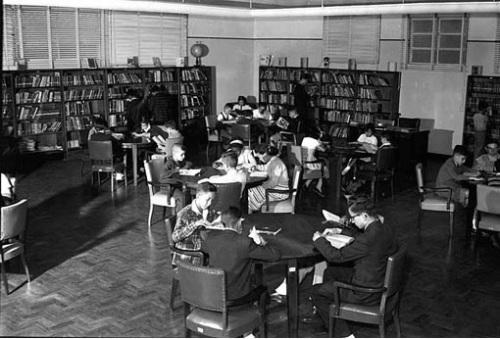 biblioteca infantil monteiro lobato